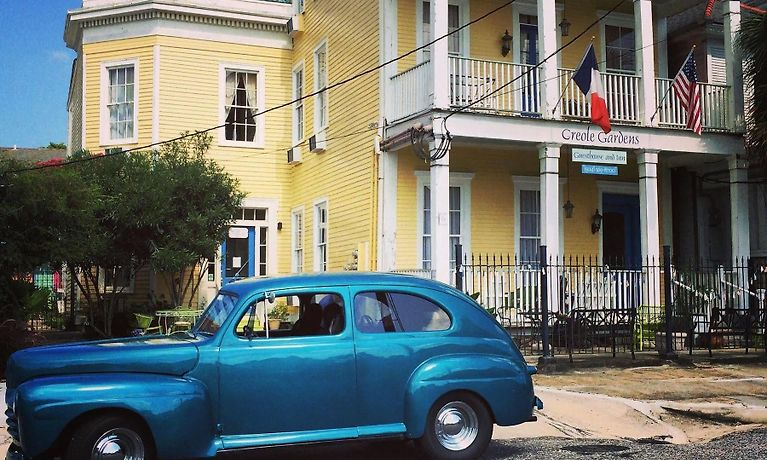 *** CREOLE GARDENS GUESTHOUSE AND INN, NEW ORLEANS ***